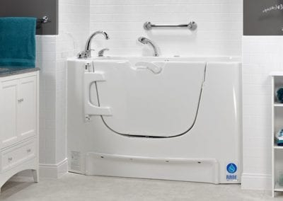 Rane-Tubs-Bathing-Systems-685x430