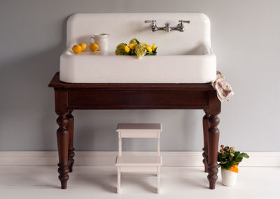 cheviotP1118-Farmhouse-Sink-on-table.jcheviotPg