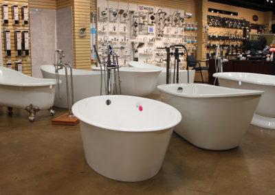 showroom-bathtub